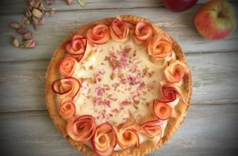 Crostata al farro e crema pasticciera con decorazione alle mele