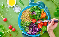 Vegani per forza … tanto per cominciare. Primi passi verso l'etica universale
