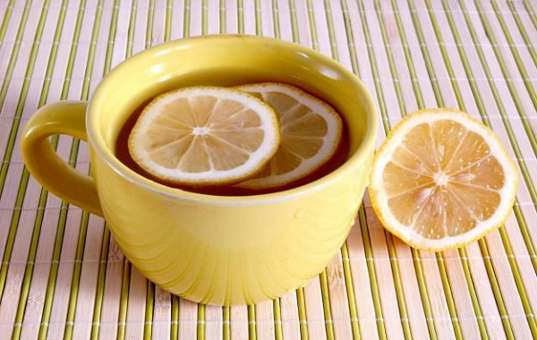acqua-calda-limone