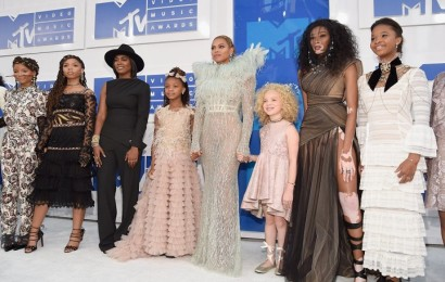 Beyonce-Blue-Ivy-2016-MTV-Video-Music-Awards