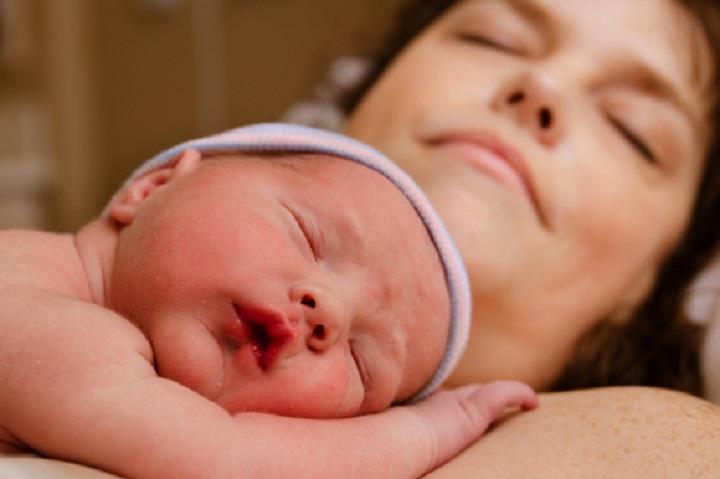 neonato-mamma