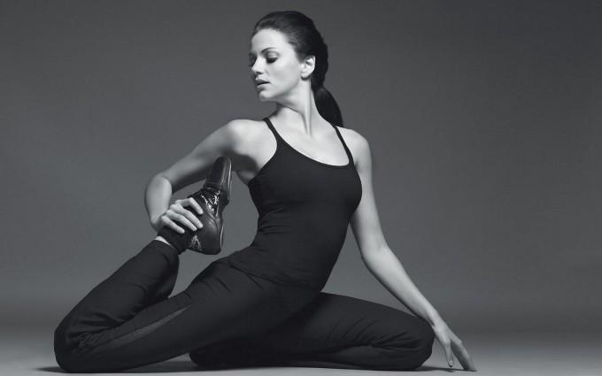 Yoga e corsa: le posizioni utili per il runner