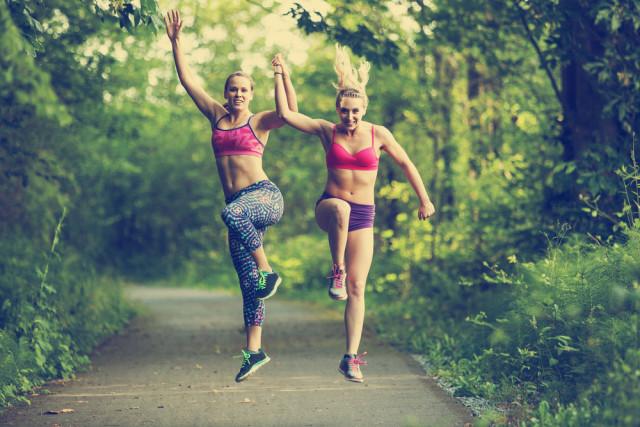 Il cibo è la benzina giusta per ogni runner. Un'alimentazione ben definita è ovviamente la base giusta per poter affrontare al meglio ogni allenamento.