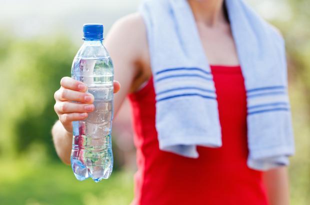 Running, ecco come reintegrare i liquidi persi in estate