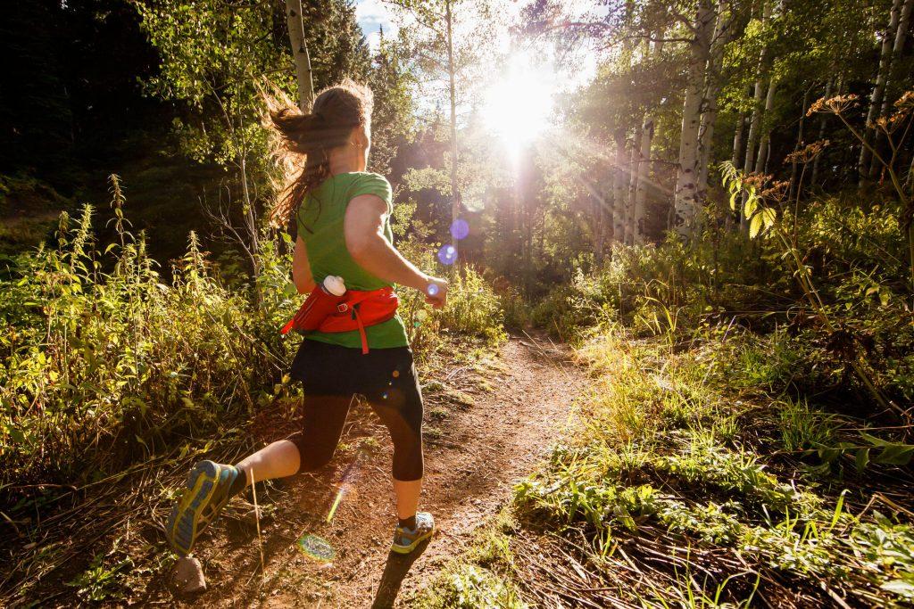 Dall'asfalto allo sterrato: il trail running