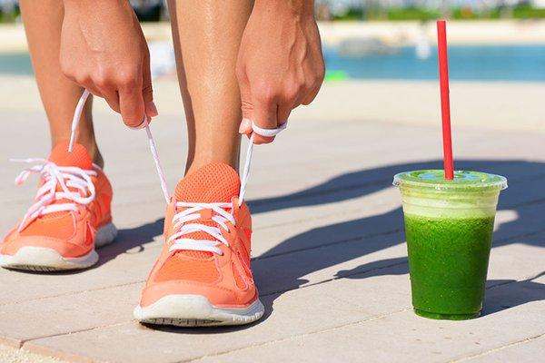 Gli alimenti che aiutano il runner nel recupero da infortuni