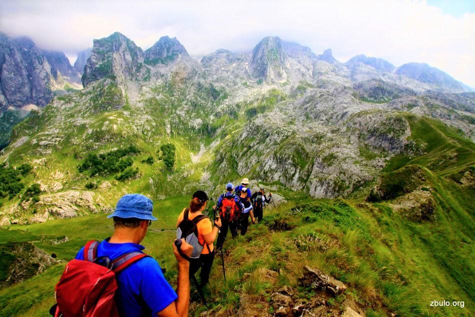 high-scardus-trail